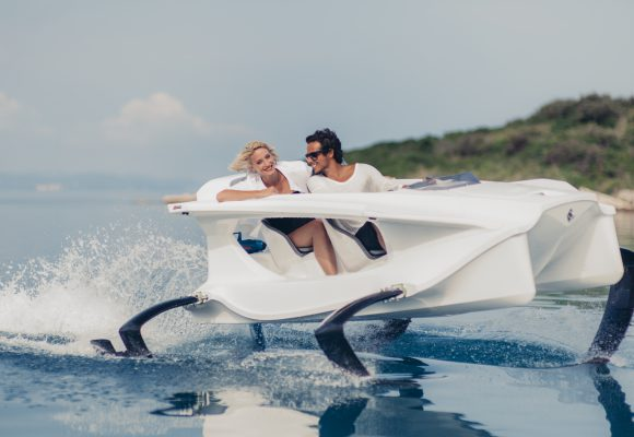 Fly on the water with Quadrofoil