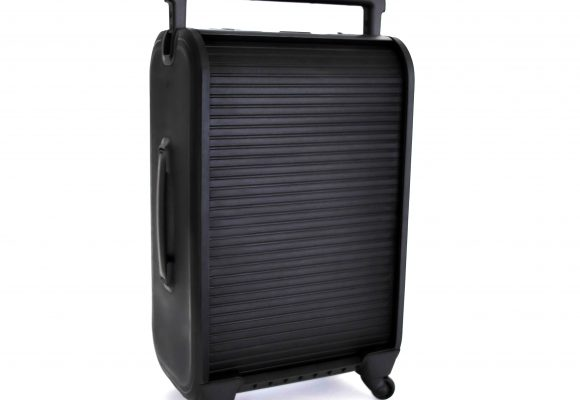 The first rolltop suitcase – goodbye zippers