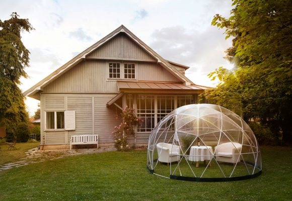 Get an igloo in your garden – for winter and summer